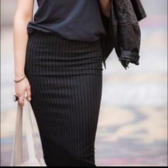 69515d1d2 H&M Dresses & Skirts - NWOT H&M black pinstripe pencil skirt